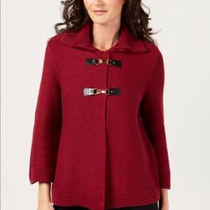 JM collection wing collar buckle front sweater